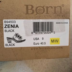 Born size 9 Zenia Black sandals NIB